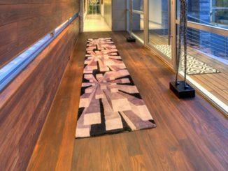 Konserwacja boazerii drewnianej